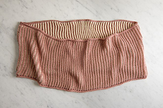 Two-color-cotton-cowl-600-7-661x441_small2