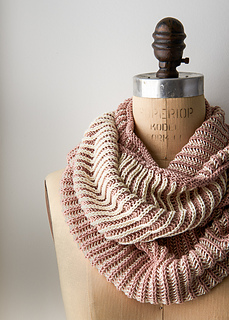 Two-color-cotton-cowl-600-3_small2