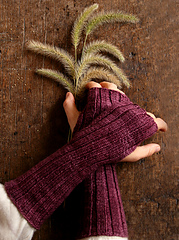 Slouchy-hand-warmers-425_small