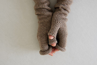 Stockinette-hand-warmers-600-10-661x441_small2