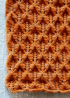 Women-scarf-detail-425_small2