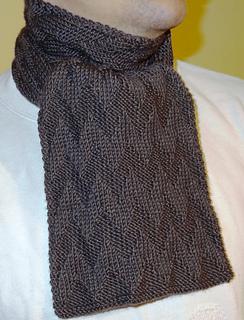 Ravelry: Simple chevron pattern scarf pattern by Mónika M.