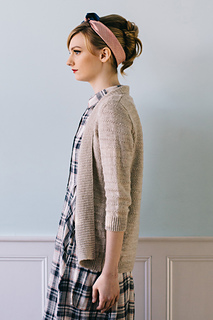 Quince-co-eventide-hannah-fettig-knitting-pattern-finch_2_small2
