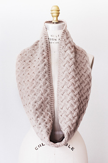 Quince-co-waverly-hannah-fettig-knitting-pattern-osprey_1_small2