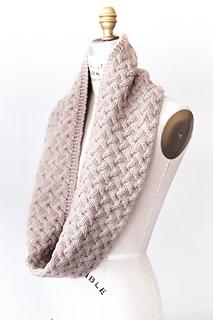 Quince-co-waverly-hannah-fettig-knitting-pattern-osprey_2_small2