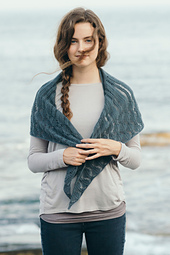 Quince-co-tributary-leah-b-thibault-knitting-pattern-piper-1_small_best_fit