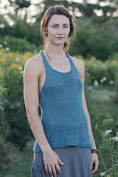 Quince-co-ripley-leah-b-thibault-knitting-pattern-kestrel-1_small_best_fit