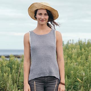 Quince-co-broadturn-isabell-kraemer-knitting-pattern-kestrel-5-sq_small2