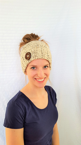 Messy Chunky Beach Waves Easy Tutorial: Ravelry: Easy Chunky Messy Bun Hat Pattern By Cozy Nooks