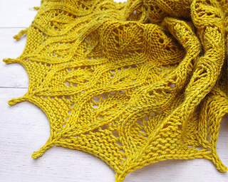 Ravelry_4_faux_cable_shawl_small2