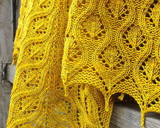 Ravelry_6_faux_cable_shawl_small2