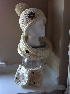 Cream_cowl_3_small2