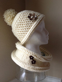 Cream_cowl_1_small2