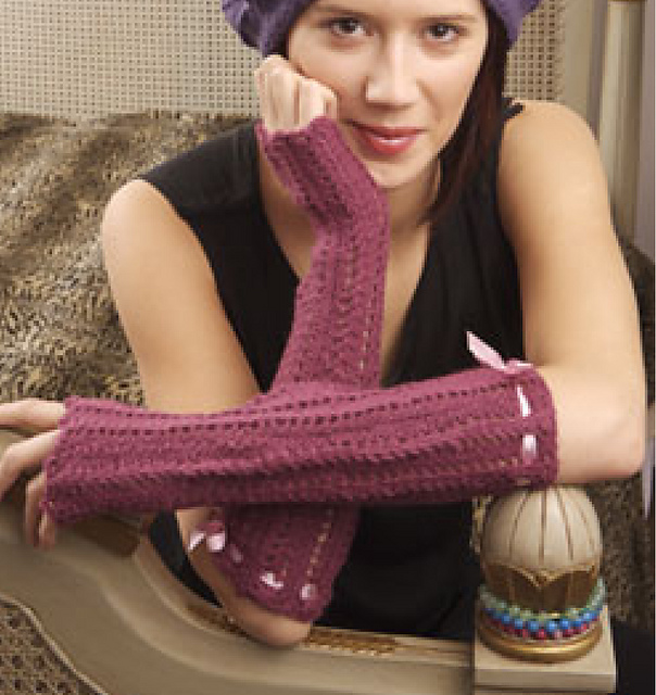 http://www.ravelry.com/patterns/library/fifi-gloves