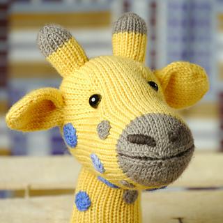 Softie_giraffe_knitting_small2