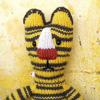 03_knitting_pattern_tiger_small2