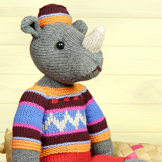 Knitting_pattern_rhino_03_small2