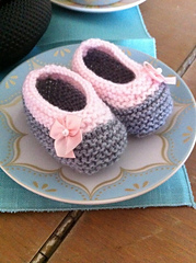Baby_booties_small