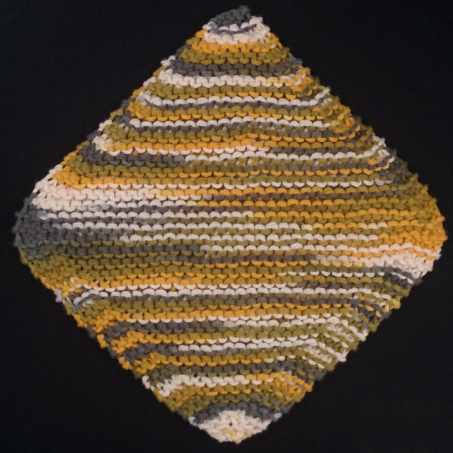 Ravelry: Diagonal Dishcloth pattern by Eary Knitting