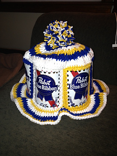 ravelry beer can hat pattern by extreme craft