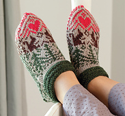 Folk_art_squirell_slipper_small_best_fit