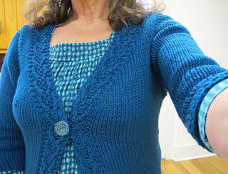 Coin_cable_cardigan_img_4873_small2