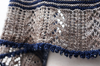 2_color_shawl_dsc01162_small2