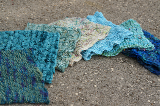 Cocoon_cowl_dsc03614_small2