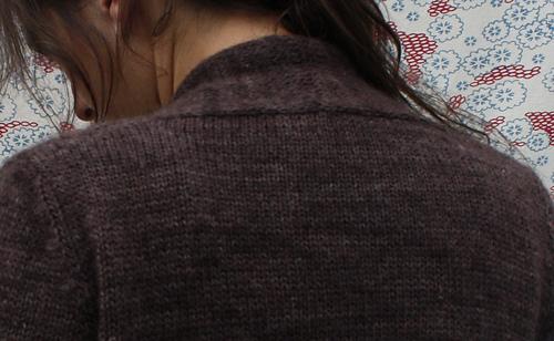 Baily_neck_detail_medium