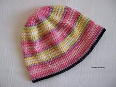 Hat4_w_small
