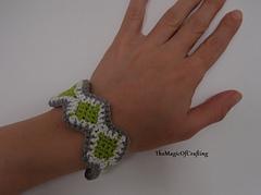Bracelet11_w_small