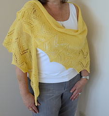 Yellow_shawl_drape_small