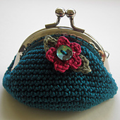 Blue_purse_small_best_fit