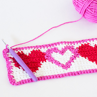 Tapestry-crochet-heart-cup-cozy-20_small2