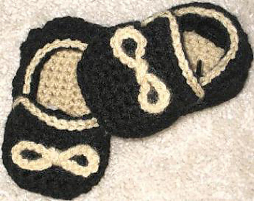 Ravelry Baby Boys Slippons Pattern By Crochetdreamz