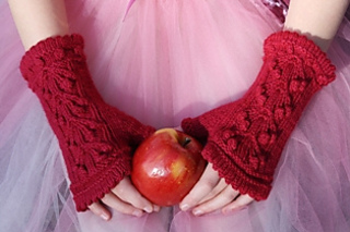 Apple_a_day_hand_mitts_0041_small2