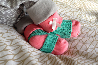 Baby_sock_minders_small2