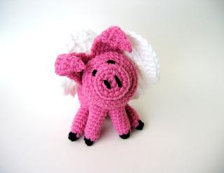 Amigurumi Pig : Ravelry flying pig amigurumi pattern by celina lane