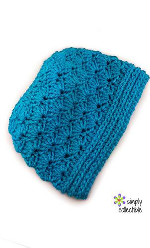 Seashore_messy_bun_crochet_pattern_by_celina_lane__simplycollectiblecrochet