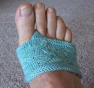 81bf4f32babb74 patterns   Sivia Harding Knit Design.   Flippant