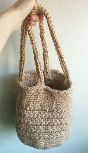 ravelry basket bag knitting with linen thread 麻糸で編むかごバッグ