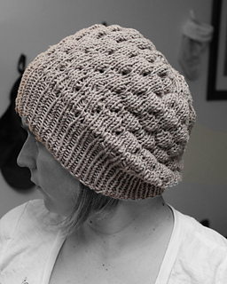 The Bubble Hat pattern by Malsen og Mor - Ravelry