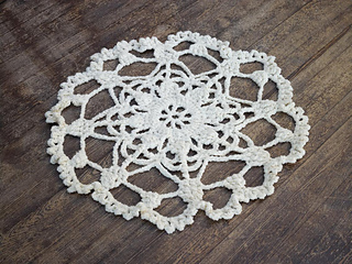 Crochet_doily_rug_small2