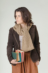 Looped_scarf_small_best_fit