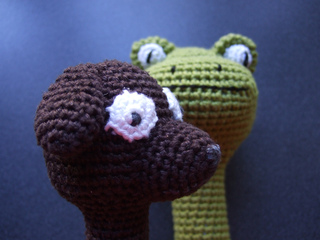 Dog_and_frog_finished_007_small2