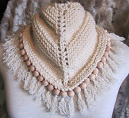 Chamylle_knitted_kerchief_with_beads_sm_small_best_fit