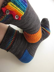Rainbow_pipes_and_linen_-_cover_picture_small