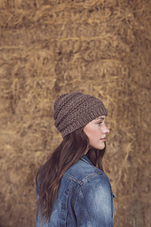 Striated_hat_and_slouch_side_small_best_fit