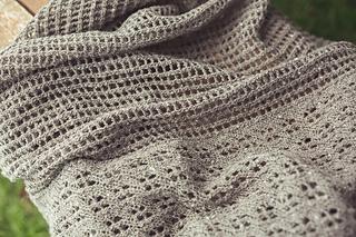 Edmonia_shawl_02_small2
