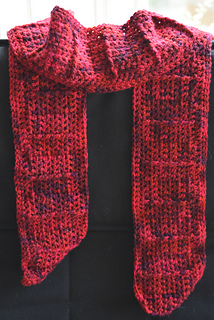 red rectangular ribbed scarf